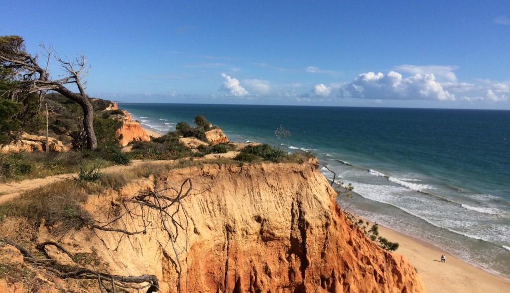 red-cliffs-beach
